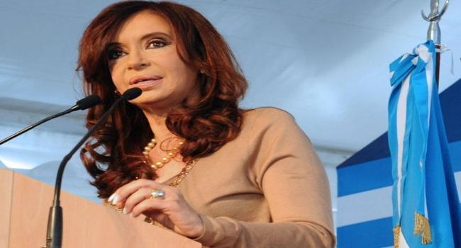 عالمي رئيسة الارجنتين تسقط الجنسية جنود بلادها المشاركين الحرب img.jpg