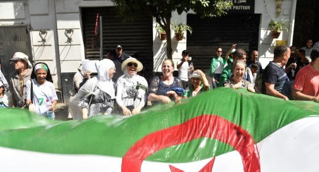 لأول مرة في العالم .. الجزائر تبتكر وسيلة جديدة تمنع تزوير الانتخابات الرئاسية